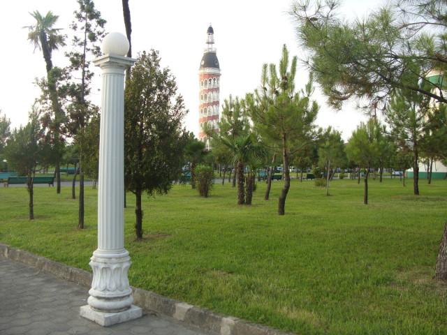 Батумский приморский парк, ресторан «Башня»